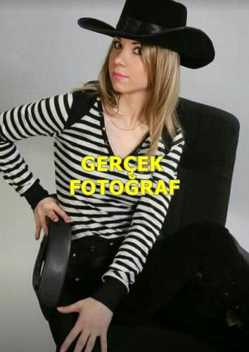 Sarı Saçlı Rus Sonya