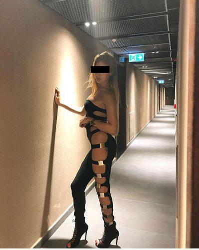 Seks kraliçası ön sevişme yapan eskort Nahide