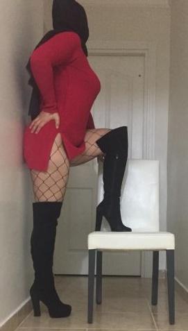 Seksi dans yapan hanım Nilüfer