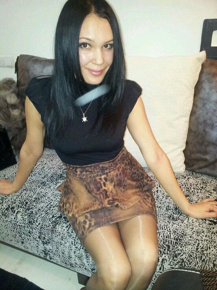 Cazibeli kumral kız Perçem